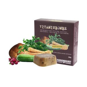 Patatas, calabacín, chirivía y bayas silvestres - Bomba de vitaminas