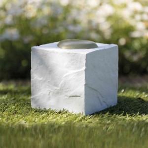 Piedra Conmemorativa Cubo con Corazón